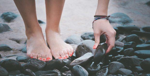 Zmiany na paznokciach stóp
