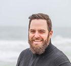 O technikach przeszczepu włosów, czyli jak pozbyć się problemu łysienia